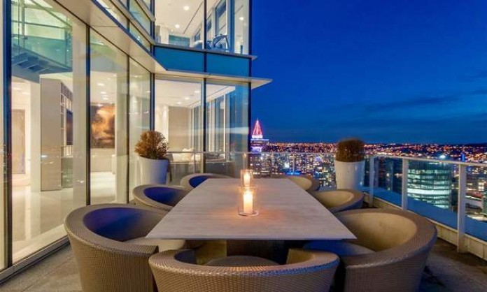 $1m-plus Vancouver condo sales plunge by two-thirds: Sotheby's