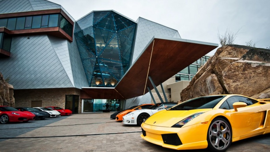 Zoom Zoom Entertainment Media Sports Business In Vancouver - Really nice sports cars