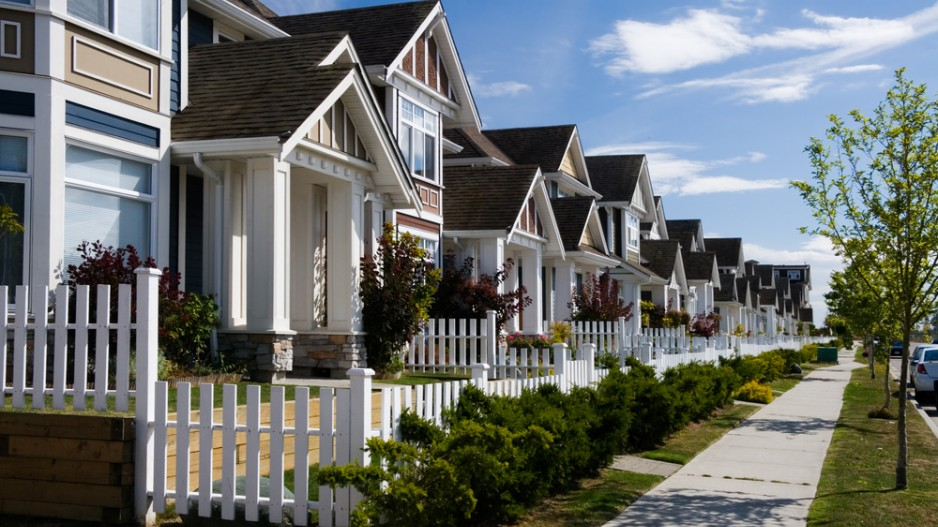 how many realtors in vancouver