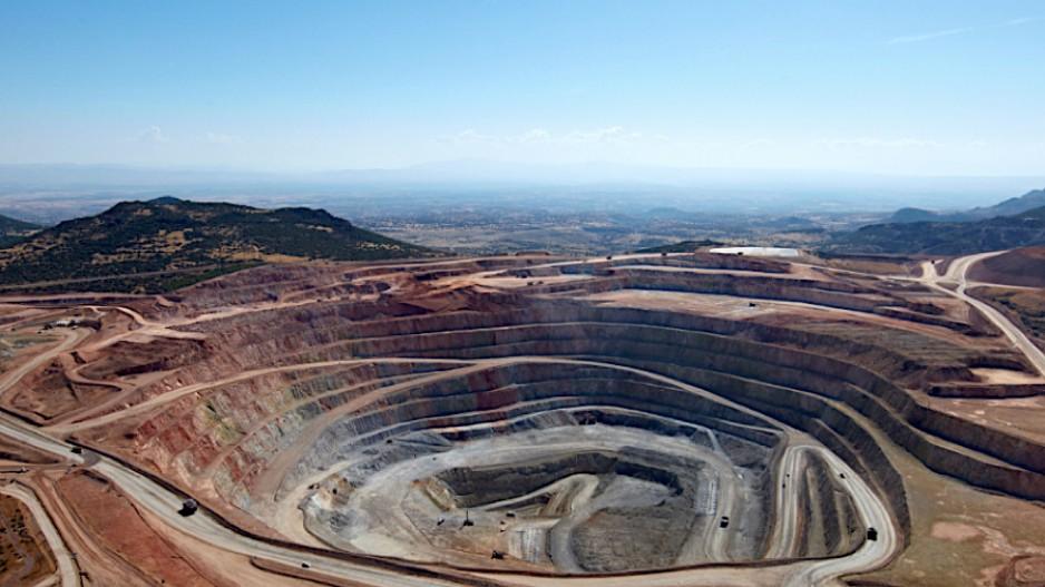 Eldorado scraps mill at Turkish mine, to resume mining and heap